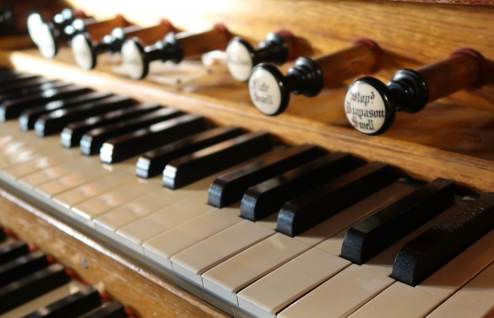Keyboard of the Bevington organ at Erddig